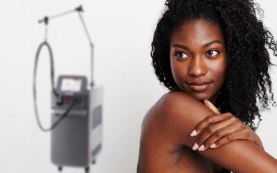 Laser-Haarentfernung bei dunkler Haut – wichtige Tipps und Hinweise